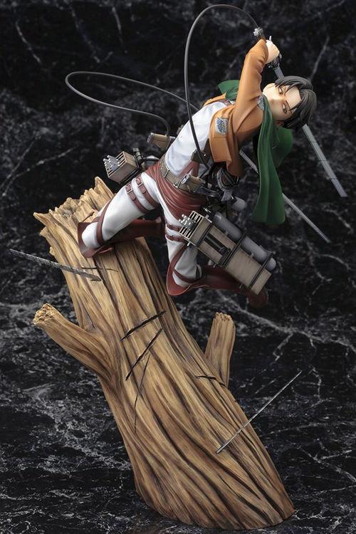 Image de Attack on Titan - Figurine Levi Ackerman : Renewal Package Ver.